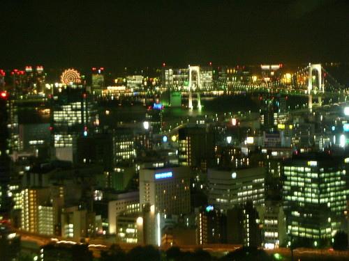 東京鐵塔上眺望台場摩天輪、彩虹大橋