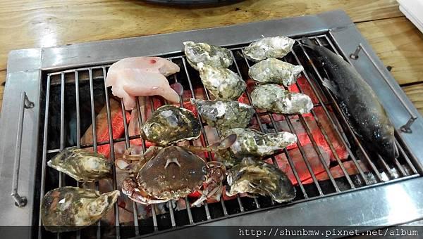 宜蘭好吃 海世界燒烤吃到飽