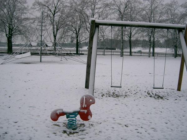 下雪的公園