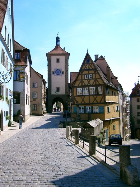 rothenburg & Fuessen with parents 027.jpg