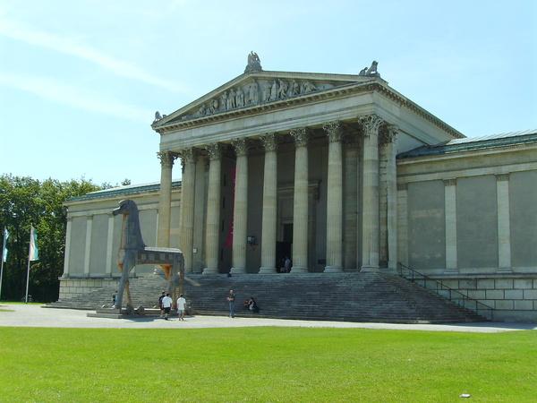 pinakothek+marienplatz 023.jpg