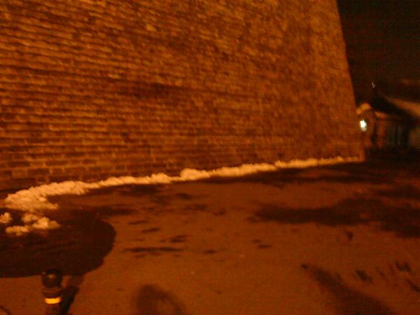 仍有餘雪的北京街邊