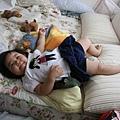 總愛慵懶的躺在大床上