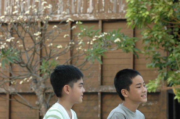 小時候的Mew&Tong