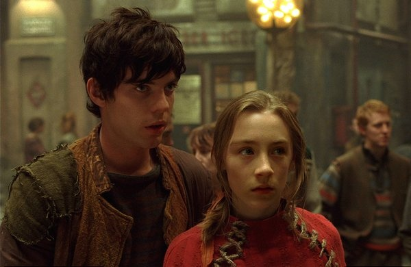 Harry Treadaway&Saoirse Ronan