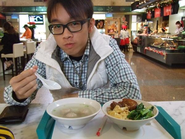 中南部的餐點整個便宜很多