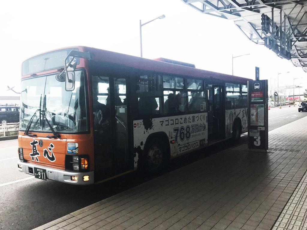 NIIGATA_shuttle bus_02.JPG