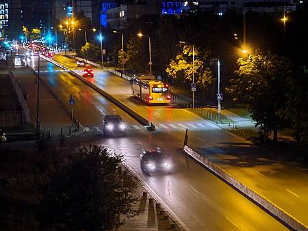 Low-light_tele_5x_Night_6.jpg