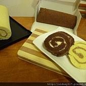 巧克力、香草乳酪毛巾捲