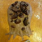 包入巧克力和葡萄乾