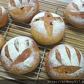蔓越莓麵包-01