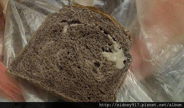 口感濕黏的麵包 @@