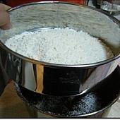 麵粉過篩.JPG