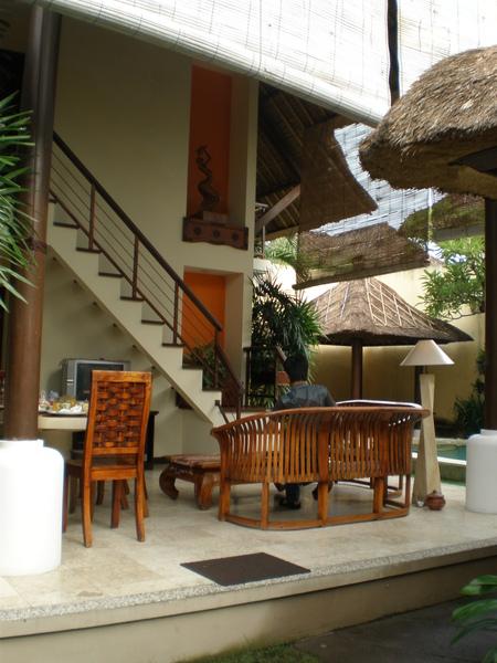 這是三戶一棟的villa