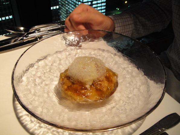 Cold Appetizer - イベリコ豚肩肉ロースのしゃぶしゃぶ配5種野菜の煮付けハモンセライノのコンソメジュレ這道是Hiro的。
