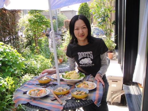 在花園裡用餐~