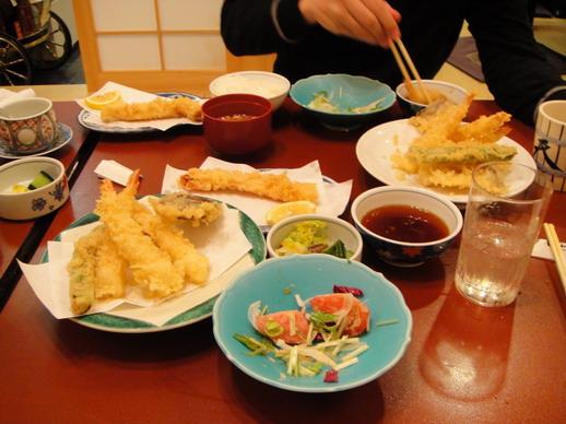 我和Hiro各點一份天婦羅套餐,另加點帝王蟹腳天婦羅