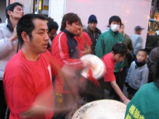 這些都是橫濱中華學校的校友和學生們.jpg