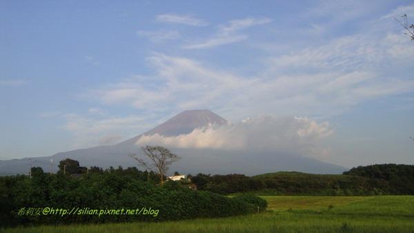 美麗的富士山爺爺