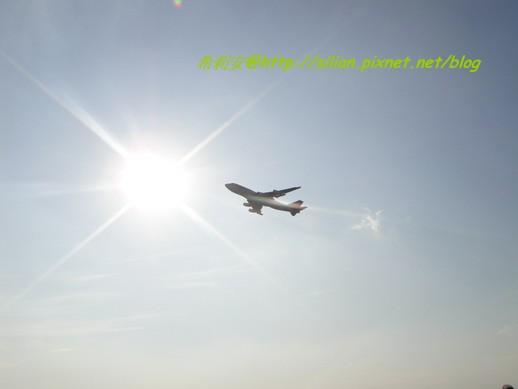 不過不管是都會喜歡看飛機在天空的樣子吧~