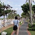 這條是連接好幾個位於海邊飯店的步道。