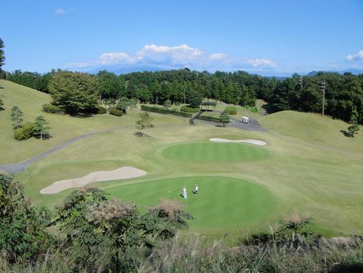 渡假中心雨的高爾夫球場