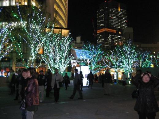 廣場前的點燈