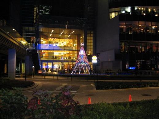 Midtown 的聖誔樹