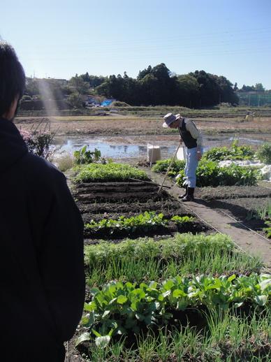 Hiro爸還真像個農夫呢 ~