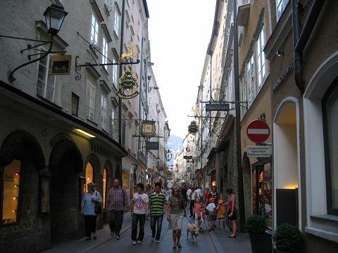 Street View01.jpg