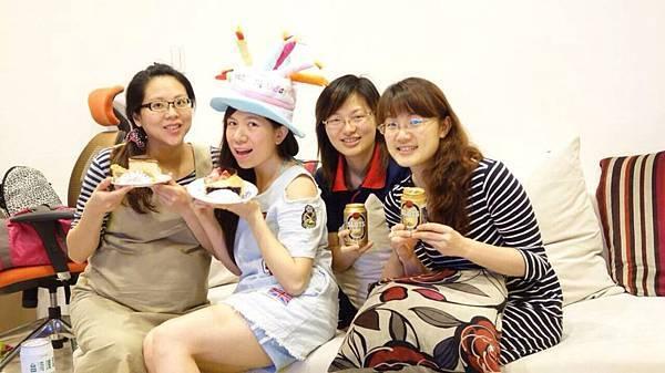 2014-03-28 玉婕阿姨在笙乾媽家慶生
