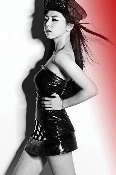 WG-new-promo-pic_Sohee.jpg