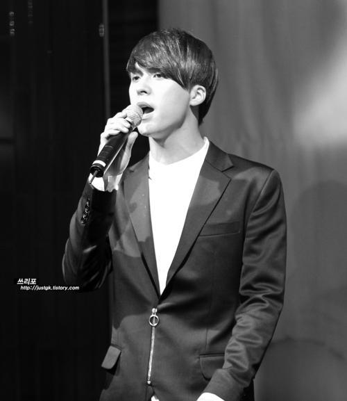 beast-Baek-JiYoung-Showcase7