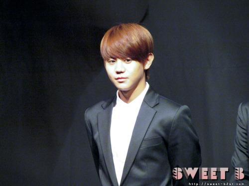 beast-Baek-JiYoung-Showcase13