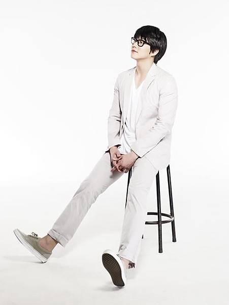 Sung-Si-Kyung-1