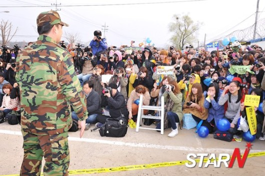 20120416_kangin_military8