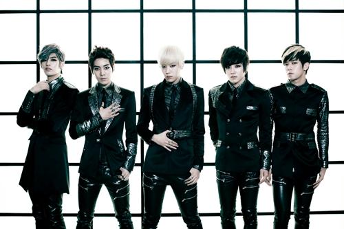 20120424_fcuz_comeback