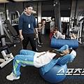20110320_2ne1_training_25