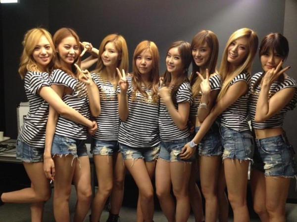 20120617_afterschoolencoreplaygirlztour_01-600x450