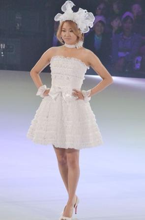 20110223_yumi_katsura_4minute_2