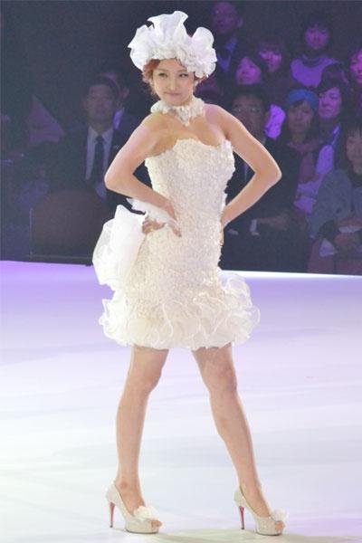 20110223_yumi_katsura_4minute_1