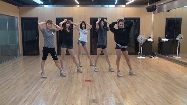 090312_exid_dance_practice