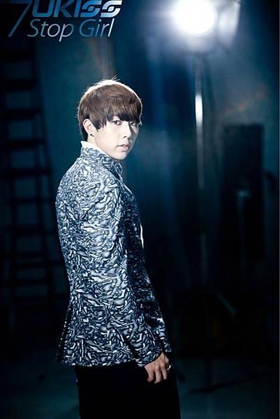 20120912_hoon_ukiss_stopgirl_teaser