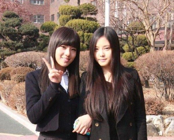 20110210_lizzy_friend-600x483