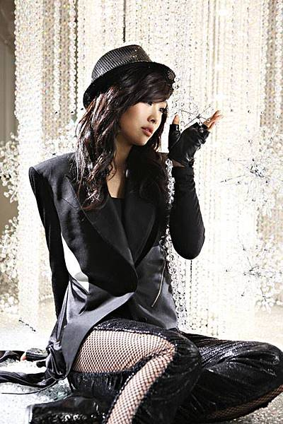 KARA-Jiyoung-Nicole_1381070508_af_org