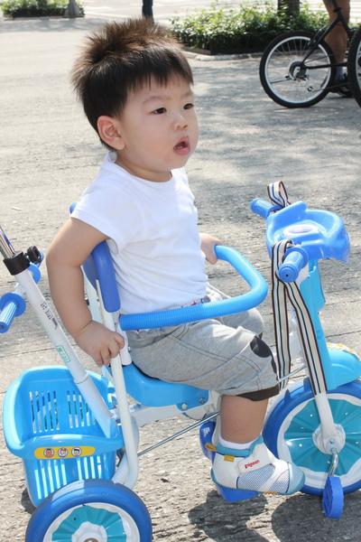 play腳踏車 060_調整大小.jpg