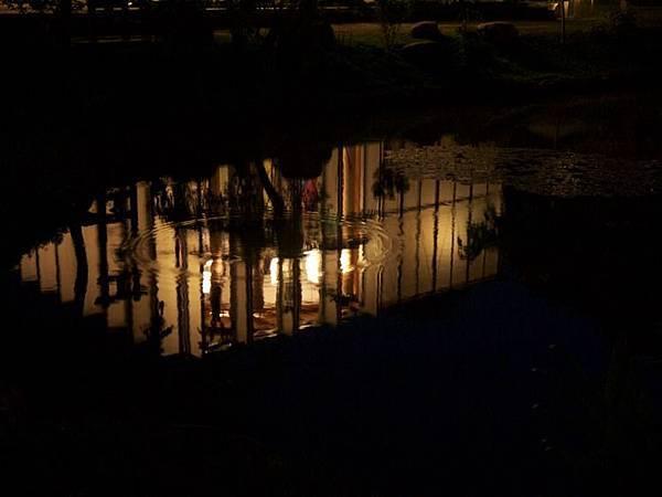 水中教堂.jpg