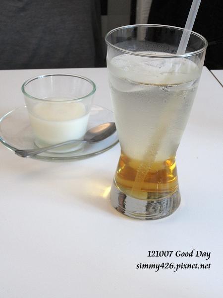 蜂蜜蘇打 + 杏仁布丁