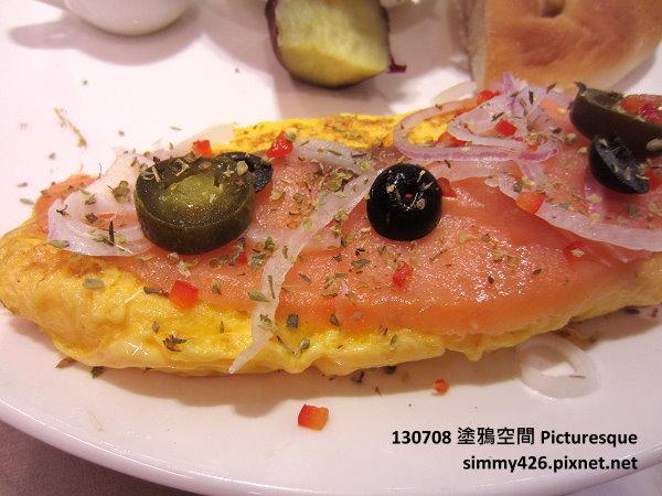 煙燻鮭魚歐姆蛋朝食(2)
