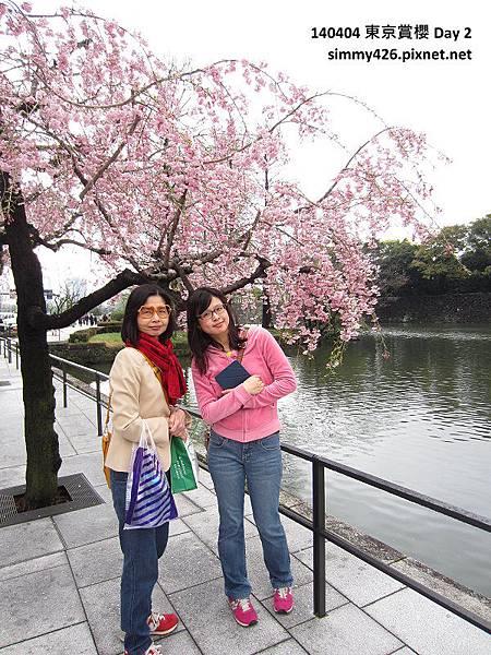 媽咪 & 老姐(1).jpg